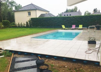 Terrasse piscine dalles sur plot- Lenio - Nancy
